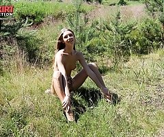 Teen nudist shows both hot holes